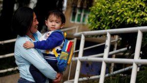 Giúp việc Philippines không thể quay lại HongKong, TQ làm việc