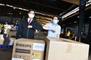 Singapore tặng 40.000 dụng cụ xét nghiệm Covid-19 cho Philippines