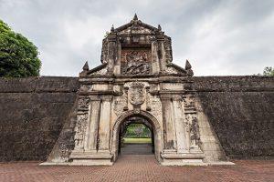Tham quan pháo đài nổi tiếng Santiago tại Manila