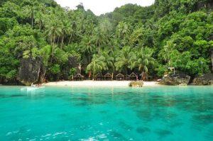 Tham quan bãi biển thiên đường Bitaog Philippines