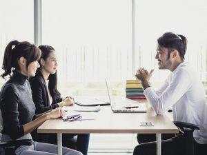 Mới ra trường nên làm việc ở công ty lớn hay nhỏ?