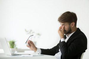 Những phương pháp bảo vệ mắt cho dân văn phòng