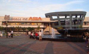 Trung-tam-thuong-mai-SM-Mall-Of-Asia-o-Manila-Philippines
