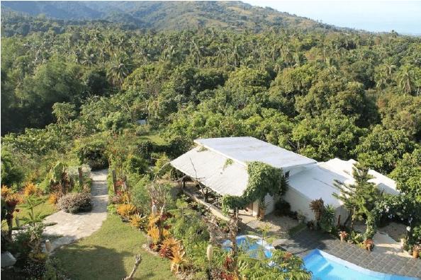 Biệt thự hẻo lánh này giữa rừng ở Nasugbu, Batangas